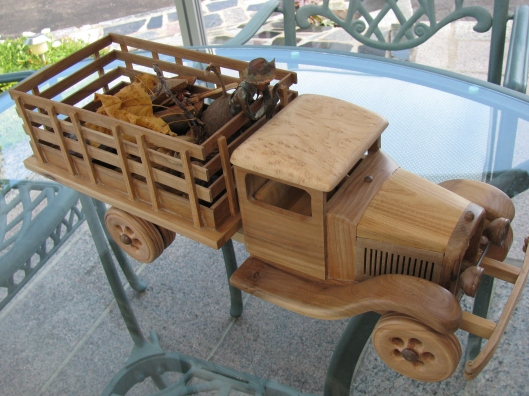 Camion de multiples essences de bois