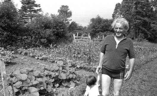 Félix Leclerc a l'Ile d'Orleans en 1973 (photo: Jean-Yves Letourneau, La Presse)